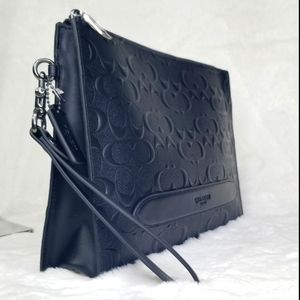 COACH SIGNATURE LEATHER BUSINESS POUCH BAG